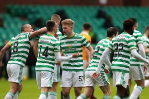 celtic fc players celebrate